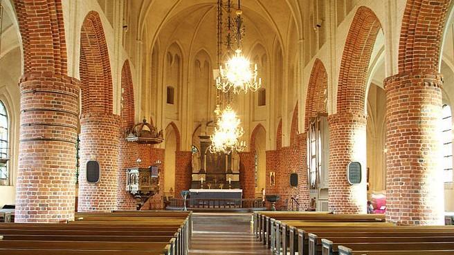 Halmstad_kyrka_Sweden_2